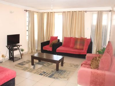 Photo for Spacious 3 bedroom all en suit Spacious 3 bedroom all en suit apartment.