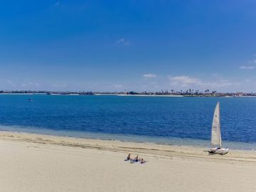 Mission Bay On Sand Panoramic View Upscale
