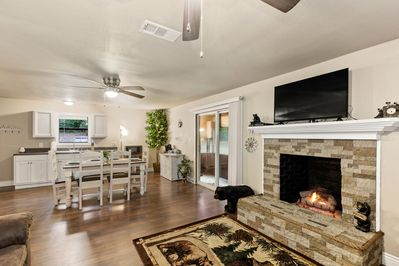 Living Room with vented gas log fireplace