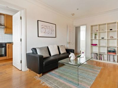 Photo for Cosy 4 Sleeper w/ Stunning Loft Room in South Kensington