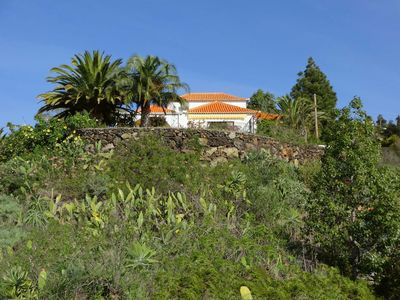 Photo for Großzüg. House with panoramic views of sea, mountains & valley + optional apartment