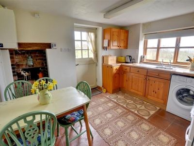 Photo for Vacation home Orchard Cottage in Maidstone - 4 persons, 3 bedrooms