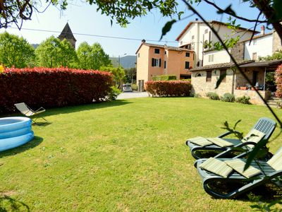 Photo for Spacious, bright and welcoming apartment with garden for exclusive use.
