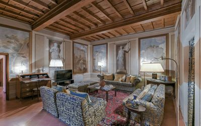 Photo for Donatello Suite - Nice 3bdr apartment for 7 people, Florence