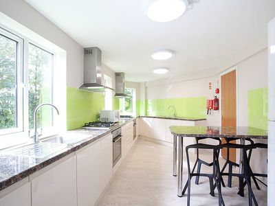 Photo for House 1.4 km from the center of Canterbury with Parking, Washing machine (118567)