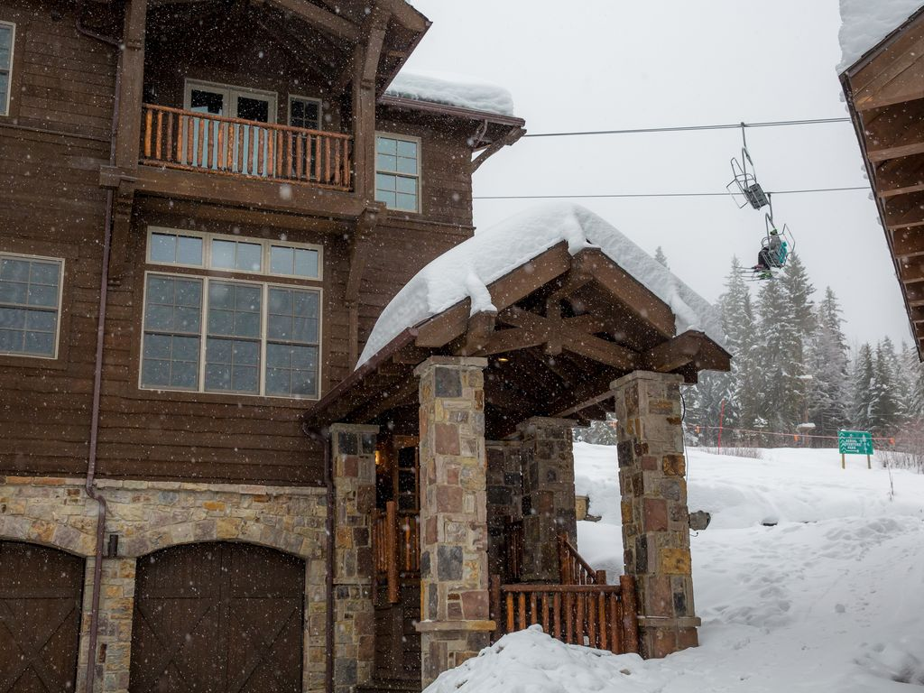 ski in ski out luxury rental at whitefish mountain resort steps from