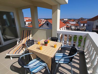 Photo for Apartment Jela in Vodice - 4 persons, 2 bedrooms