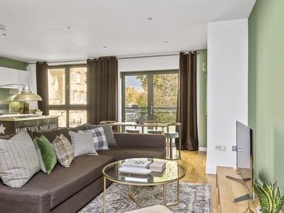 Photo for Sonder | Hoxton Square | Sunny 2BR + Laundry