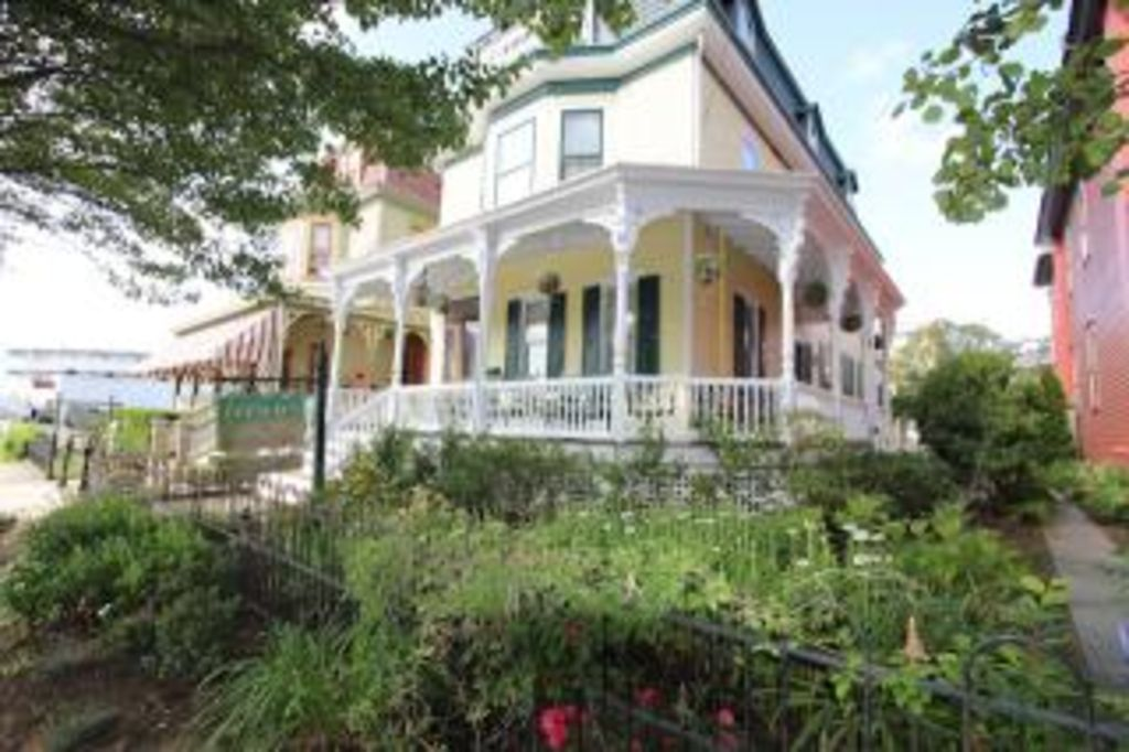 The Breakers At Cape May Vrbo