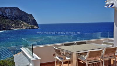 Photo for Holiday apartment set in a small and exclusive complex with stunning sea view