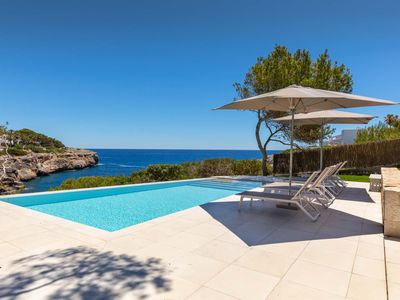 Photo for Villa in 1. Sea line with infinity pool