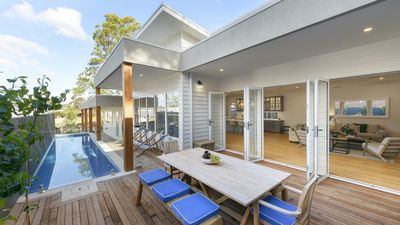 Photo for Sea La Vie - walking distance to the beach and the charming village of Flinders