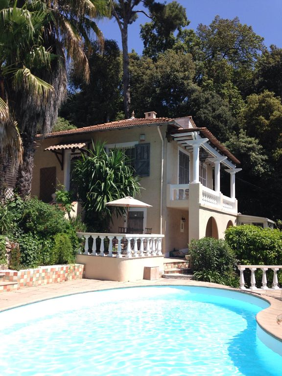 Mougins villa rental welcome at la rochette