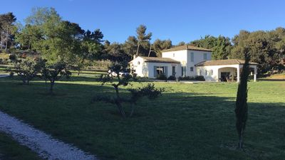 Photo for Villa with pool 6 pers. between Aix-en-Provence and Marseille Provence PACA