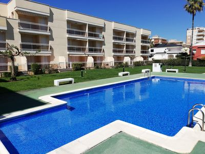 Photo for Apartment with two bedrooms, pool, gardens, garage and WIFI!