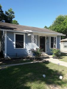 Photo for Charming Southtown House -Close to Downtown and King William