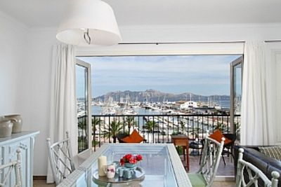 Photo for Apartment In First Sea Line With Views