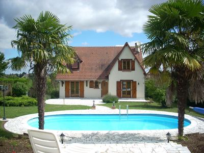 Photo for Villa 10 people with swimming pool near Blois