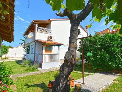Photo for Apartment 405/1064 (Istria - Medulin), Budget accommodation, 300m from the beach