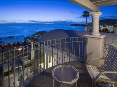 Photo for Spectacular upgraded ocean villa, two bedroom