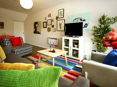 Photo for Central & Chic, 2 Bedroom At Spire O'Connell St!