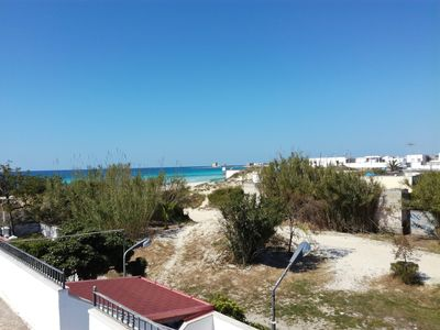 Photo for Villetta sulla Duna, direct access to the beach, 1 meters (MALDIVES OF SALENTO).