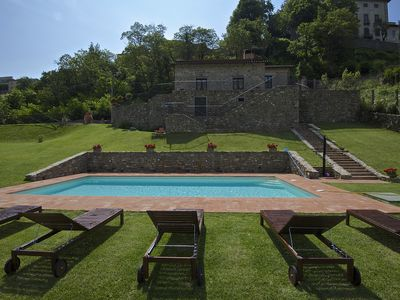 Photo for Family luxury Villa, 6 bedrs w/ensuite, pool, walking to town, wi-fi, pool