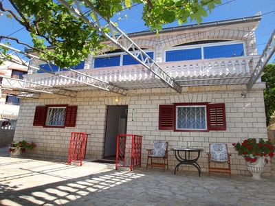 Photo for Two bedroom apartment with terrace and sea view Seget Vranjica, Trogir (A-980-a)