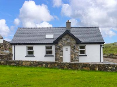 Photo for FARMHOUSE, family friendly in Lisdoonvarna, County Clare, Ref 925545