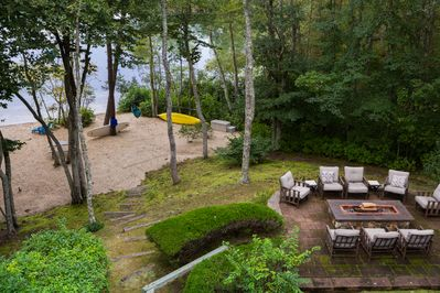 You'll love lakefront outdoor living!