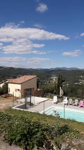 Photo for HOLIDAY ACCOMMODATION, pool access, calm and relaxation