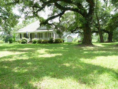 1870's Home on Amazing Southern Setting (Private/Quiet/Relaxing)