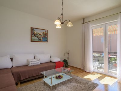 Photo for Spacious 2 BR 2 BA Apartment close to the beach and Trogir