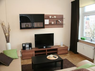 Photo for Copletely refurbished, cosy holiday home, only 5 min to the Holstentor