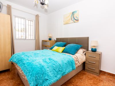 Photo for Apartment with direct access to the pool. Wifi. A-C.