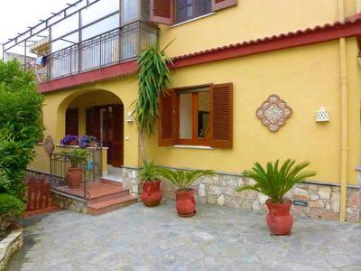 Photo for One bedroom Apartment, sleeps 3 in Massa Lubrense with Air Con and WiFi