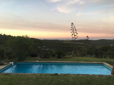 Photo for Beautiful house with magnificent view between Gassin and Ramatuelle for 10 pers.