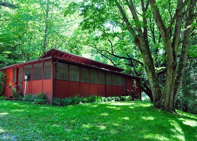 A Dogwood Cove Cabin sits on 18 private acres of land.