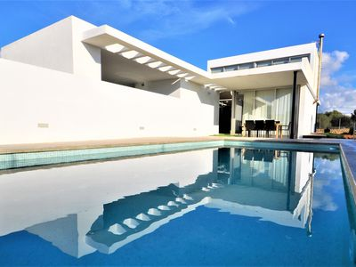 Photo for SA TORRE- Villa with private pool in Sa Torre, families friendly near golf and sea. 4 rooms, BBQ, modern -00016- - Free Wifi
