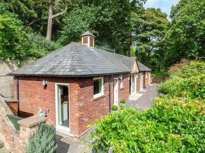 Photo for BADGERS RAKE, pet friendly, with open fire in Neston, Ref 937290
