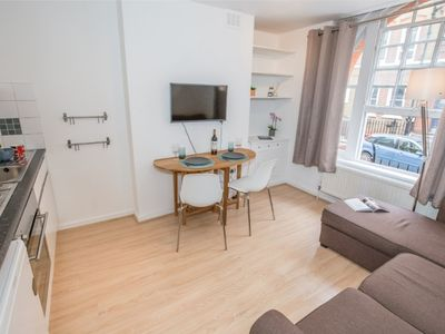 Photo for 1 bed flat next to Oxford street!