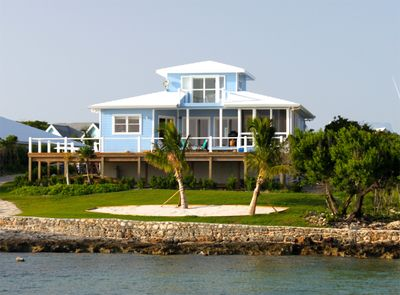 'Seaside' has a dock and is directly on the Sea of Abaco
