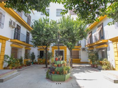 Photo for Cozy home in central location, la Alameda, Seville (A / C + WIFI)