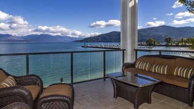 Photo for Luxury Lakefront Condo at the Seasons Resort in Sandpoint!