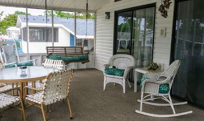 Large screened in front porch