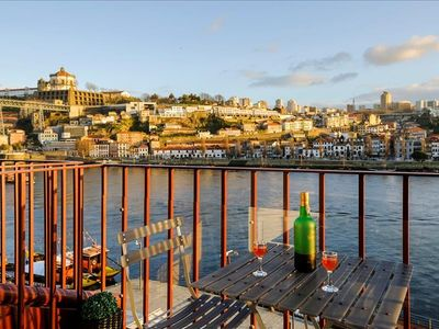 Photo for Apartment in the center of Porto with Internet (742651)