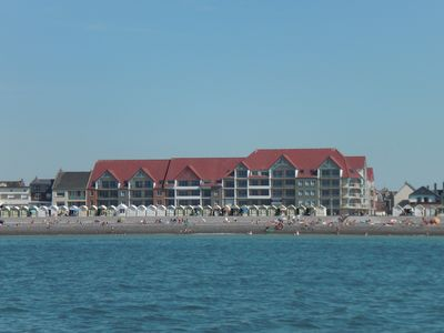 Photo for Apartment Cayeux sur Mer facing the Sea and Baie de Somme with terrace.