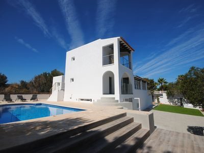 Photo for Modern Villa with Private Pool, close to the Beach & San Antonio Bay