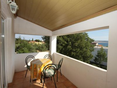 Photo for Two bedroom apartment with terrace and sea view Starigrad, Paklenica (A-6587-a)