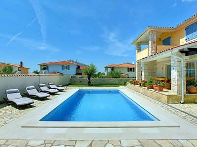 Photo for Vacation home Golubovo  in Pula/ Vodnjan, Istria - 8 persons, 4 bedrooms